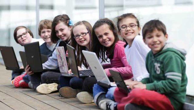 Ateliere de programare gratuite Coder Dojo, pentru copii și tineri