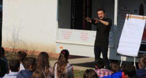 Prevenire HIV - Prima caravană adresată tinerilor ajunge şi la Galaţi