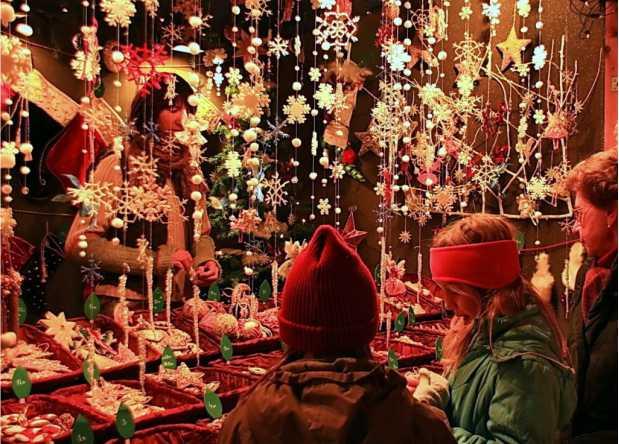 """Târgul de Crăciun """"Poveste de Iarnă începe pe 29 noiembrie la Galaţi"""