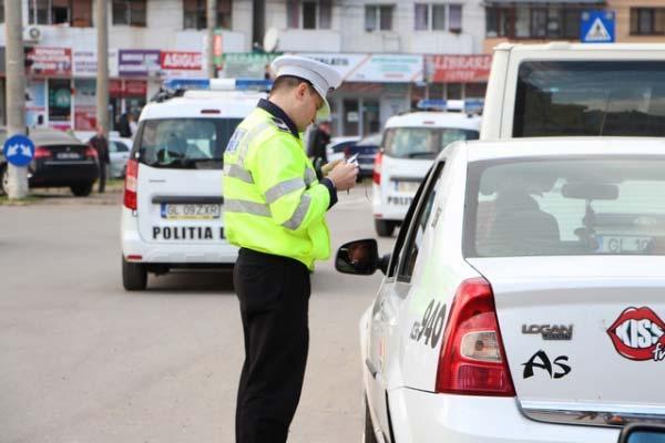Parcările neregulamentare pe 4 străzi din Galaţi vor fi sancţionate drastic