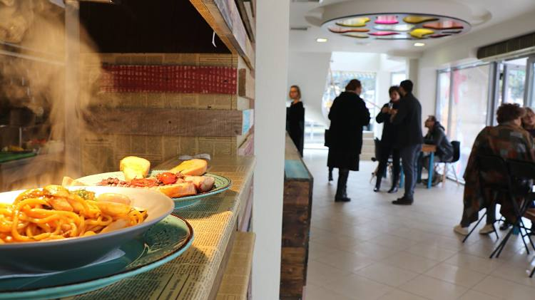 Bucătăria mediteraneană la tine în oraș - Tavola Calda