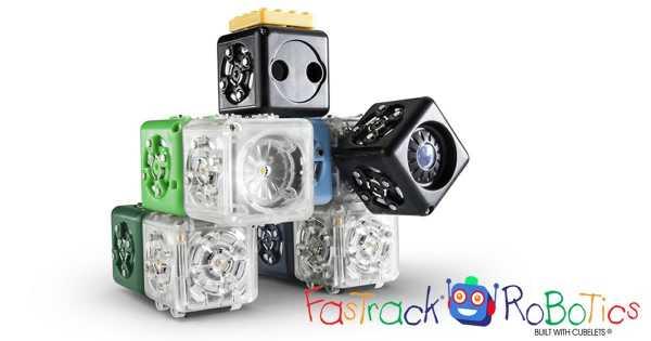 FasTracKids lansează programul FasTrack Robotics