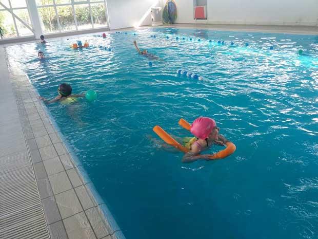 cursuri de înot