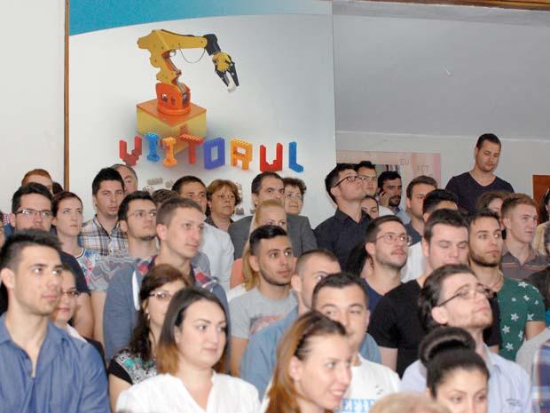 Premieră în România! Dunărea de Jos reduce taxa pentru a doua facultate