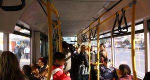 Elevii pot circula cu aceleași abonamente Transurb până pe 25 septembrie