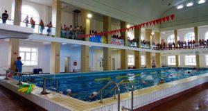 """Programul la Bazinul de Înot """"Baia Comunală"""" Galați a revenit la normal"""