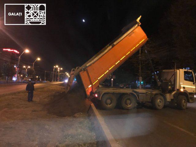 La amenajarea scuarului de pe strada Brăilei se lucrează și noaptea