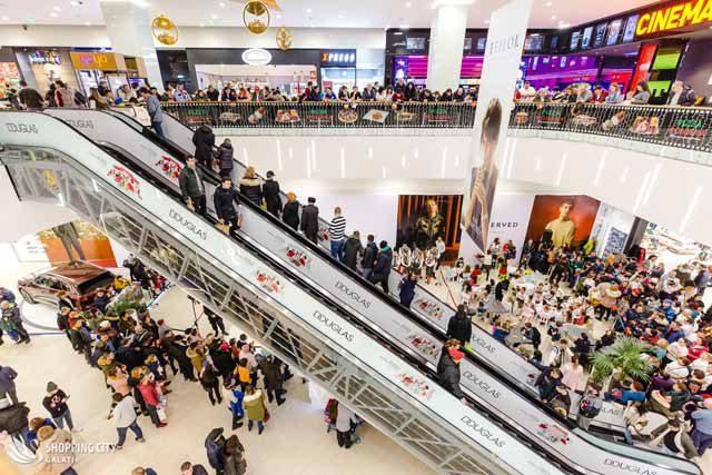 5 ani de când shoppingul este principala pasiune a gălățenilor