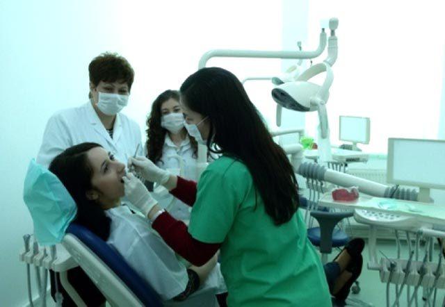 Primii pacienţi la Centrul de Medicină Dentară Socială din Galaţi