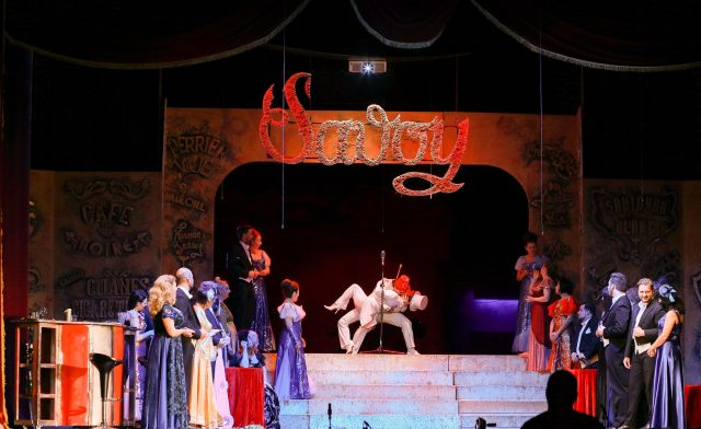 "Comedie de weekend la Teatrul Național ""Nae Leonard"""