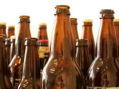Începând cu 31 martie 2019 magazinele vor reţine garanție pentru sticle