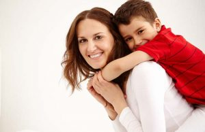 Oglindirea emoțională între mamă și copil. Iubire, bucurie și acceptare