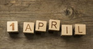 Tu știi de ce ne păcălim pe 1 aprilie?