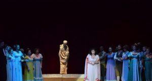 Teatrul Nae Leonard prezintă duminică 14 aprilie opera Lucia di Lammermoor