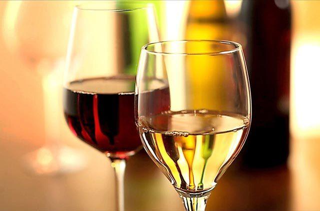 Ce tip de vin servim la nuntă și cum ar putea fi servit?