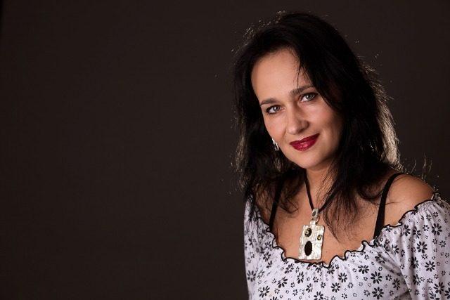 """""""Ajută-mă ca să te pot ajuta"""": cu Laura Maria Cojocaru"""