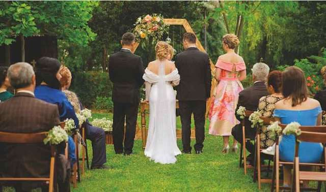 Nuntă pentru Voi sau Nuntă pentru Alții