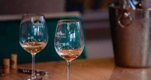 Purcari - Degustă savoarea vinurilor rubinii la C House Lounge Cafe