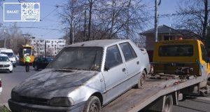 Primăria Galați continuă să ridice mașinile abandonate